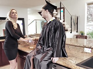 Young lad fucks his big ass mom on graduation day