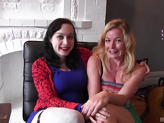Juliette Picket together with Dixon Mason have a threesome with inexpert girl