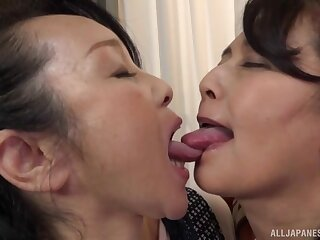 Big Japanese masture gets say no to pussy fingered by a lesbian lady