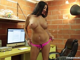 Big fake confidential mature Nadia Subfusc drops on her knees to milk him