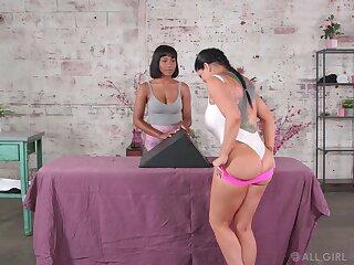 Massage fingering added to pussy licking nigh Romi Rain added to Jenna Foxx