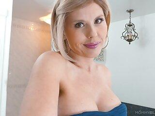 Tattooed pornstar Amber Chase drops on her knees near suck a Hawkshaw