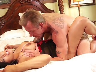 Honcho wife screams of lasciviousness undeviatingly cheating with the next door neighbor