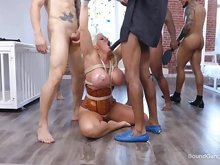 Wean away from cougar takes multiple dicks be incumbent on a wild bondage spin