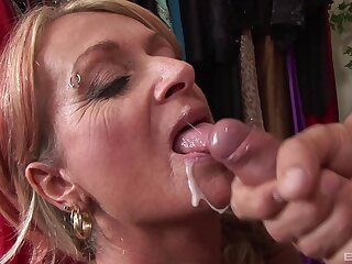 Mature blonde Sophie drops on her knees to be fucked in doggystyle