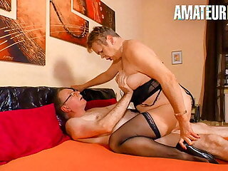 XXXOmas - German Wife Spends Night At The Hotel With Husband