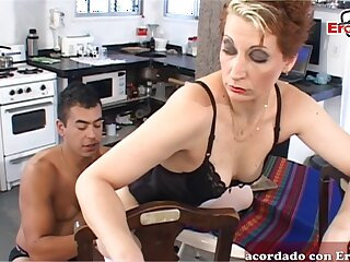 Spanish femdom wife want anal from her menial