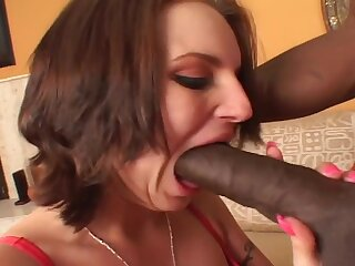 Ali Kat and The King - unpaid interracial hardcore with cumshot